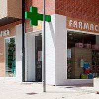 Exterior de la farmacia