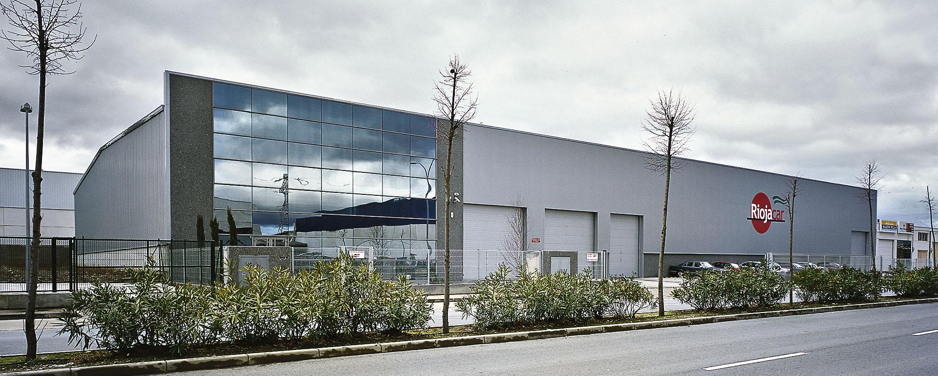 Exterior de la empresa Autocares Riojacar