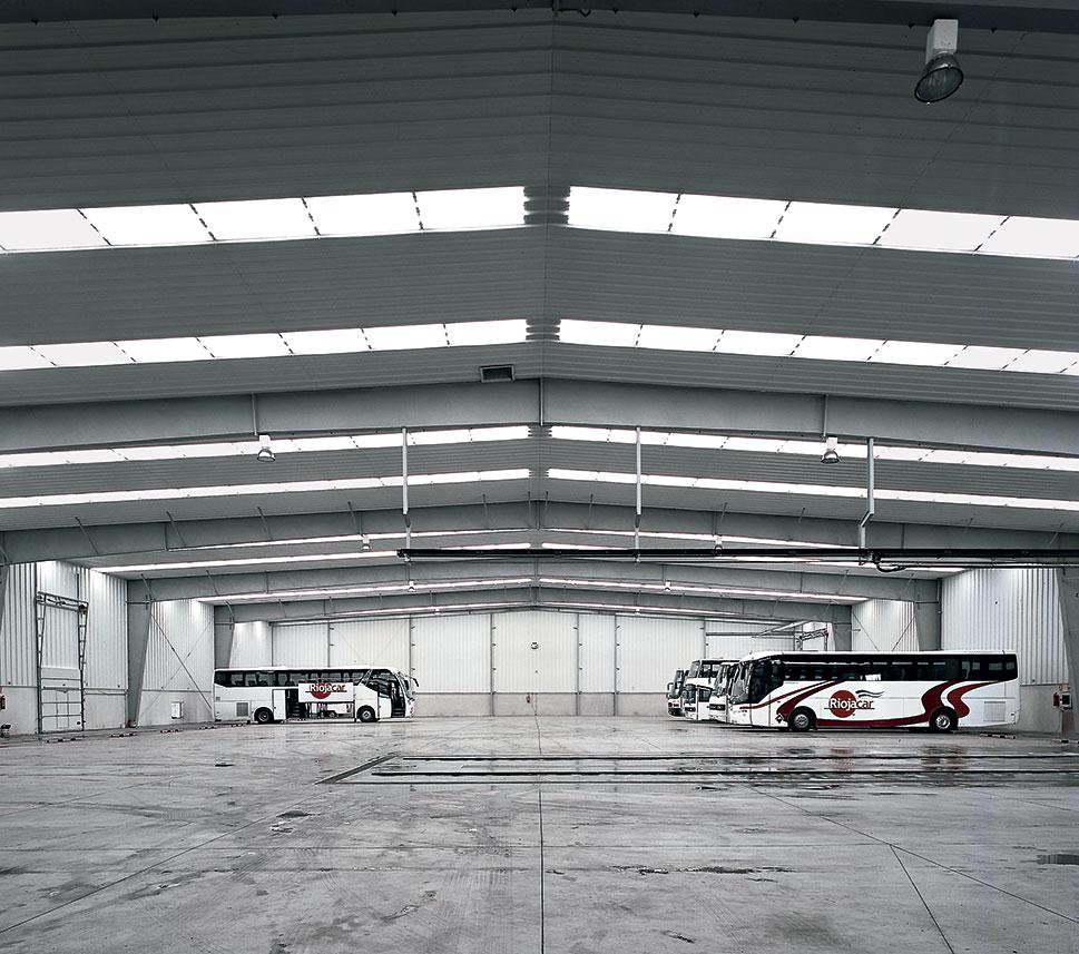 Panorámica interna del hangar